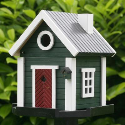 Heeft u al vogelhuisjes in de tuin hangen?